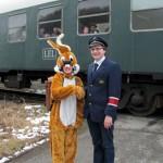 Osterhase besucht die Extertalbahn