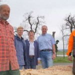 Josef Risse und Eduard Nillies fertigen Kunstwerke aus Holz an