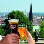 Im Restaurant Sparrenburg die ersten Sonnenstrahlen genießen