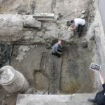 Archäologischer Nachwuchs aus England am Landeshospital