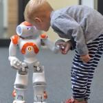 Roboter sollen eingewanderten Kindern helfen, Deutsch zu lernen