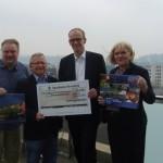 Bielefeld-Kalender erzielt Spendenerlös von 12.570 Euro