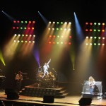 ONE NIGHT OF QUEEN – LANG LEBE DIE KÖNIGIN!