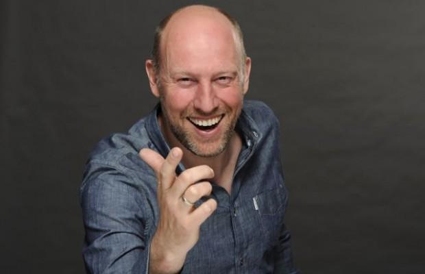 Sven Pistor lachend - Fotograf Jörg Dicke-2 (1)