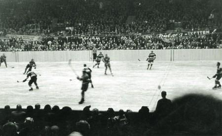 Chronik_Eroeffnungsfeier_Eishockey