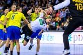 Krefeld, KönigPALAST, 3. Januar 2017. Auf dem Weg zur Handball-Weltmeisterschaft 2017 trifft der amtierende Europameister Deutschland (weiß) in seinem vorletzten Testspiel auf Rumänien (blau).