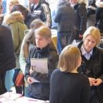 JugendBildungsmesse Bielefeld präsentiert Wege ins Ausland