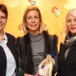 """Kreativen Austausch fördern – Spendenübergabe an das Projekt """"Runder Teppich"""""""