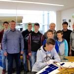 Schüler wollen mit Solarfliegern Tierleben retten