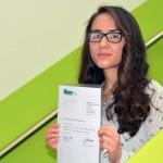 Die ersten 12 Absolventen bestehen die Deutsche Sprachprüfung für den Hochschulzugang