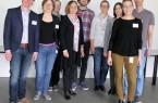 Prof. Dr. Beate Klemme (4. v. l.), eine der Leiterinnen des Forschungsprojekts, mit einem Teil des HumanTec-Projektteams anlässlich der Auftaktveranstaltung. Foto: Detlev Grewe-König