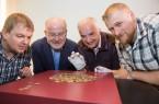 Herrausragender Hortfund von über 100 Silbermünzen in Kalkriese. Foto: Swaantje Hehmann