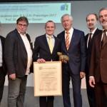 Mitsubishi HiTec Paper übergibt B.A.U.M.-Umweltpreis 2017