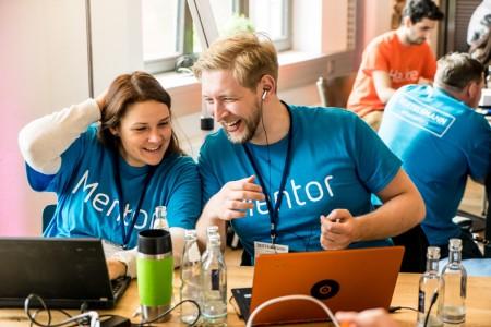 """Beim Bertelsmann-Hackathon """"Digital Commerce"""" wurden den Teilnehmern Herausforderungen aus dem täglichen Geschäft des Dienstleistungsunternehmens Arvato gestellt."""