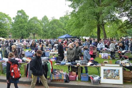 Es ist wieder Flohmarkt-Zeit auf und rund um Münsters Promenade: Am Samstag startet die Saison 2017.