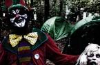 "Gruselige Clowns gehen beim ""Camping Tropical"" im Zoo Safaripark Stukenbrock um. Foto  © HuWu Gmbh"