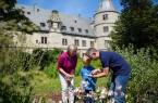Im Kräutergarten der Wewelsburg_LOOS5133_klein