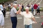 """Raus ins Grüne, andere Menschen treffen und sich bewegen: Auch in diesem Jahr bietet """"Sport im Park"""" dazu wieder viele Möglichkeiten. Foto: Maximilian Gaisendrees"""