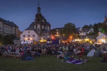 Auch Gäste aus Arnsberg, Bielefeld, Düsseldorf oder Aachen erfreuten sich diesem Angebot in einzigartiger Kulisse der Stadt Büren. .Foto:Stadt Büren.
