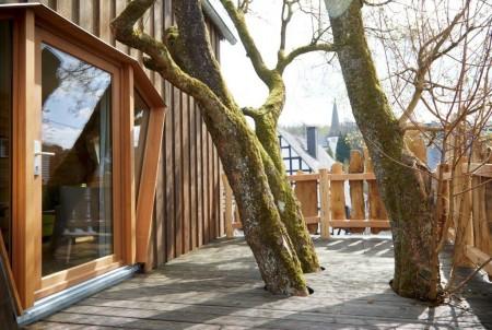 neu im sauerland urlaub im baumhaus owl journal nachrichten aus ostwestfalen und lippe. Black Bedroom Furniture Sets. Home Design Ideas