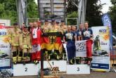 Staffelwertung over 40: Platz 2 Team Österreich, Platz 1 Team Haix Wild 50's mit v.l. Gerd Müller, Heiko Gehrke, Ralf Sikorra, Dietmar Kirsch, Andreas Schröder, Platz 3 TFA Team Straßbourg/Frankreich