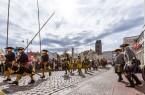 Schlachtdarstellung vor dem Rathaus in Wismar, Foto: TZ Wismar/A. Rudolph