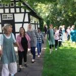 """Frauentanzfeier der """"Offenen Werkstatt für zugewanderte Frauen"""" im Wiesenhof"""