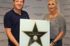 Große Ehre für die deutsche Pop-Queen. Die Sängerin Sarah Connor (links) erhielt am heutigen Freitag (07. Juli) vor ihrem Live-Konzert im GERRY WEBER STADION von Ralf Weber (CEO GERRY WEBER WORLD) den >Walk of Fame-Stern