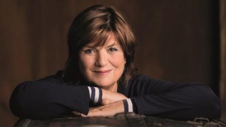 Moderatorin und Journalistin Christine Westermann zu Gast auf dem Blauen Sofa Gütersloh. Copyright: © Ben Knabe