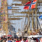 Schiffsparaden und Shantys: 27. Hanse Sail in Rostock