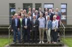 Im Kreis Höxter beteiligten sich 14 interessierte Ortschaften an einem Wettbewerb, bei dem eine externe Jury, bestehend aus Vertretern aus Wissenschaft, Wirtschaft, Verwaltung und der Zivil-gesellschaft, die eingereichten Unterlagen und innovativen Ideen begutachtete und bewertete.