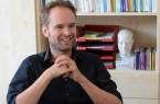 Schulpsychologe Andreas Neuhaus gibt Tipps für einen gelingenden Übergang vom Kindergarten zur Grundschule     Foto: Amt für Presse- und Öffentlichkeitsarbeit, Kreis Paderborn, Anna-Sophie Schindler