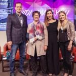 Bundeswirtschaftsministerin Zypries und Frauennetzwerk zu Gast bei Bertelsmann