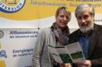 Mit etwas Unterstützung: (v.l.) Andrea Flötotto und Bernd Schüre wissen, welche Fördermöglichkeiten für Hauseigentümer in Frage kommen.