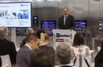 Verspricht ein noch leistungsfähigeres Produkt- und Serviceportfolio: Dr. Markus Miele, Geschäftsführender Gesellschafter der Miele Gruppe, auf der Pressekonferenz zum Auftakt der Medica.