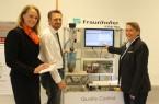 Astrid Alteheld (Assistentin der IOSB-INA-Institutsleitung); Markus Schwarzer (Leiter der Geschäftsstellen Blomberg und Lemgo der Detmolder Arbeitsagentur); Karin Grünner (Fachinformatikerin Systemintegration)
