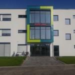 AUBI-plus hat neues Bürohaus feierlich eingeweiht