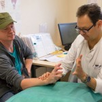 Handchirurg des Klinikum Gütersloh rettet vier Finger