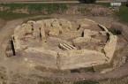 Die Holsterburg aus der Luft. Mit dem Abschluss der Kampagne 2017 geht die Ausgrabung nun nach sieben Jahren zu Ende. Foto: LWL-Archäologie für Westfalen/ R. Klostermann