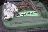 KomposttonneFrost