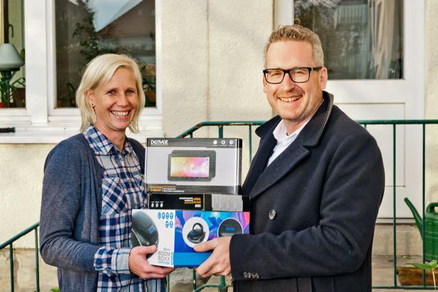 Bertelsmann-Fahrdienst spendet Tank-Prämien an Jugendhilfe Bethel in ...