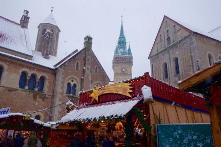Malerisch ist die Kulisse auf dem Braunschweiger Weihnachtsmarkt. Foto: Holtmann