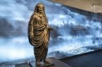 """Ausstellung """"Triumph ohne Sieg"""" im Römermuseum: Bronzestatue des Tiberius aus Herculaneum. Foto: LWL/ Arendt"""