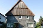 In diesem Zustand präsentierte sich das Fach-werkhaus im Jahr 2011 vor der Instandset-zung. Foto: Torsten Schmidt