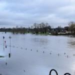 Hochwasser der Weser führt zu Sperrungen