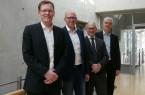 Informierten über zukünftige digitale Entwicklungen des Bauens (v. l.): Markus Brune und Maik Stodieck (beide GNUSE Ingenieurbüro für Krankenhaustechnik GmbH & Co. KG), Prof. Dr.-Ing. Michael Eisfeld (Fachhochschule Bielefeld) und Albrecht Pförtner (Geschäftsführer pro Wirtschaft GT GmbH).