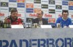 (V.l.n.r.) Trainer Steffen Baumgart, Pressesprecher Matthias Hack und Geschäftsführer Martin Hornberger