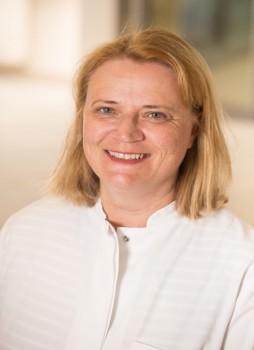Dr. Stefanie Kleine ist eine der beiden Expertinnen am kommenden Mittwoch. Ihr Thema: Behandlungsmöglichkeiten von Diabetes und seinen Folgen. Foto: © KHWE gGmbH