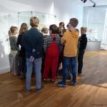 Eigenes Papier im Mindener Museum schöpfen