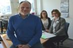 (von links) Schöffe Herbert Fischer mit den Ansprechpartnerinnern bei der Stadt, Helene Klassen und Michaela Ohlendorf.  Foto: © Stadt Lemgo